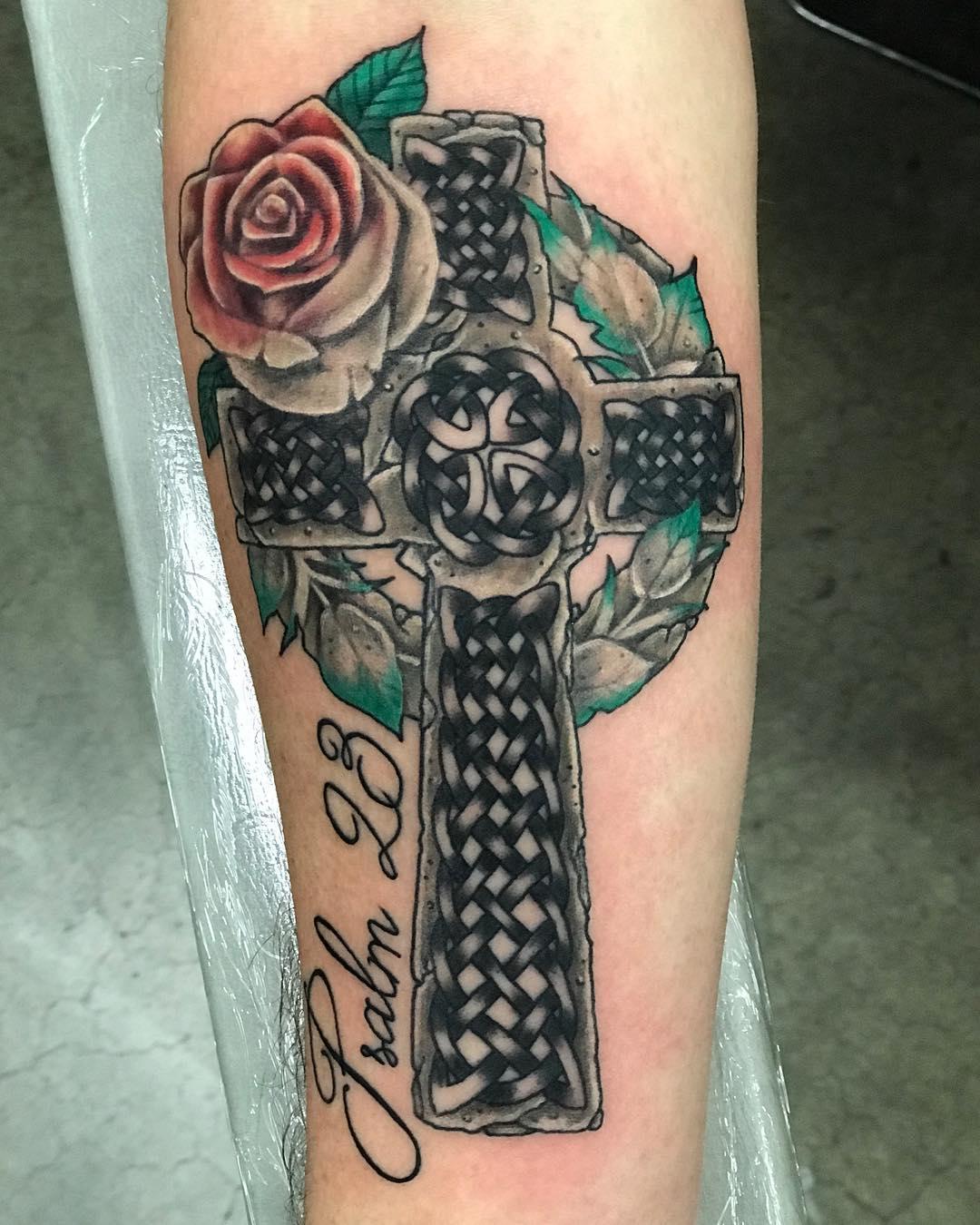 秦先生小臂几何象群纹身图案图片